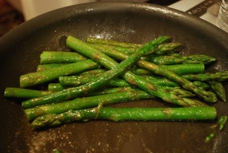 Cardamom Asparagus