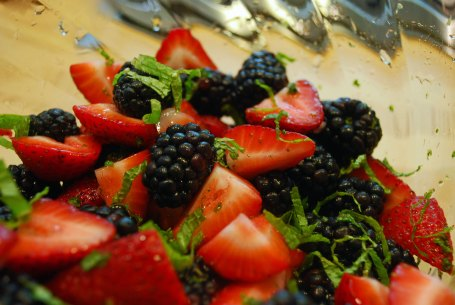 minted berry salad