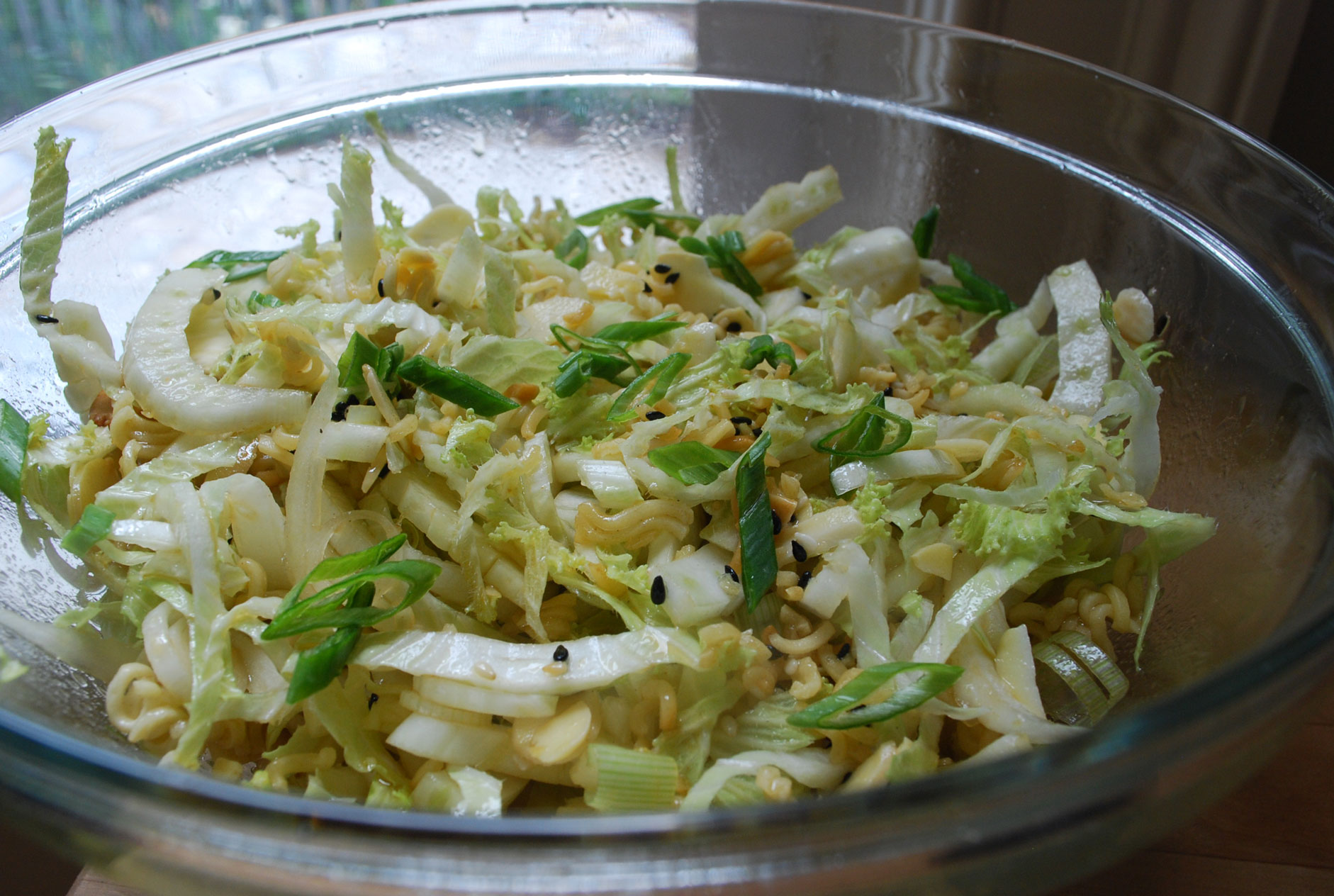 Asian cabbage salad with ramen noodles